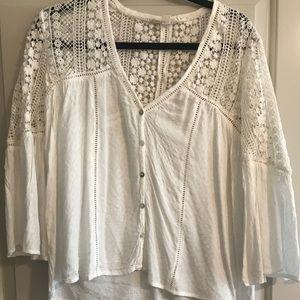 Adorable white knit blouse
